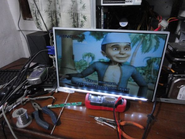 Modifikasi LCD LED